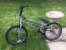 Mongoose Scan R70 BMX Bike