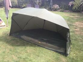 Tracker 60 inch brolly