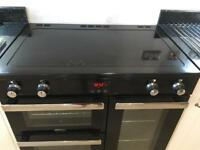 Range Cooker with induction hob