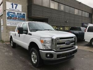 2015 Ford F-250 XLT Crew Cab Short Box 4X4 Gas