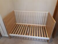 Cot bed for baby and toddler. Mamas & papas