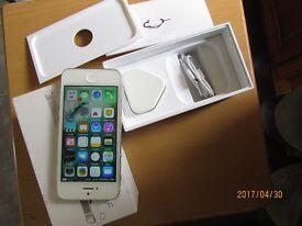 Apple Iphone 5,silver/white 16GB Vodafone/lebara fully working fantastic phone Boxed VGC