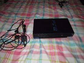 FAULTY SONY PS2 CONSOLE WITH LEADS,ONLY LOADS PS1 GAMES.