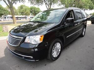 2015 Chrysler Town & Country Limited*ROOF*DUAL DVD*NAV*