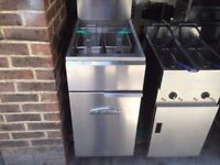SECOND HAND GAS FRYER CATERING COMMERCIAL CAFE KEBAB CHICKEN RESTAURANT TAKE AWAY KITCHEN BAR SHOP