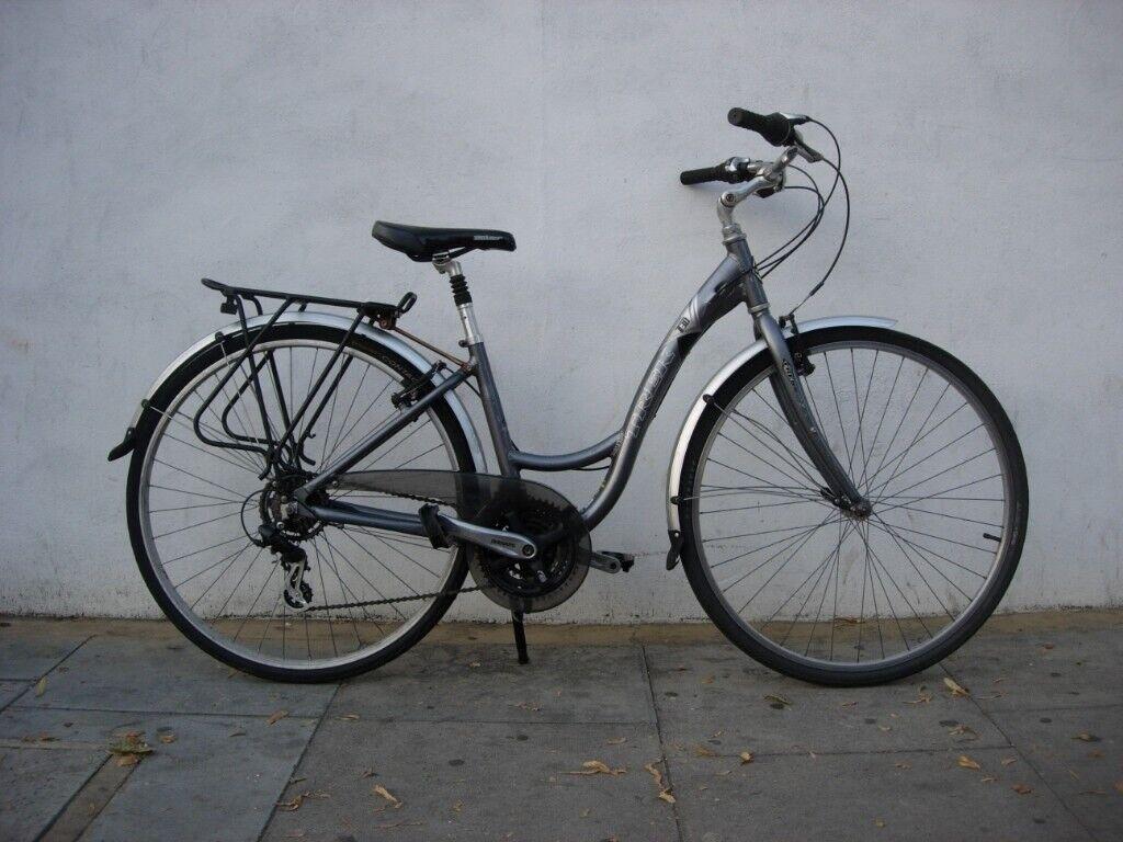 Womens Hybrid/ Commuter Bike by Trek, Grey, Mudguards, JUST SERVICED/ CHEAP  PRICE!!!!!!!   in Camden Town, London   Gumtree