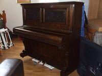 PIANO (HANDEL & GARTH )EXCELLENT CONDITION DELIVERY INCLUDED