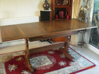 Ercol Extending Dining Table + 4 Chairs