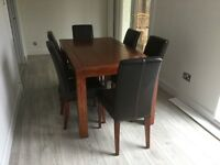 Dining room table and 6 chairs/coffee table and lamp table