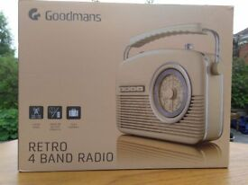 Goodmans Retro Radio