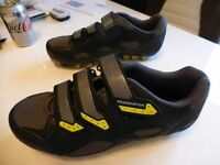 Muddy Fox MTB cycling shoes with cleats size 8 vgc