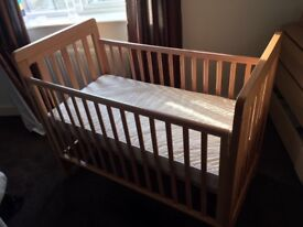 Cosatto Close to me Bedside Cot - Good Condition, barely used.