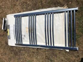 Curved chrome towel rail