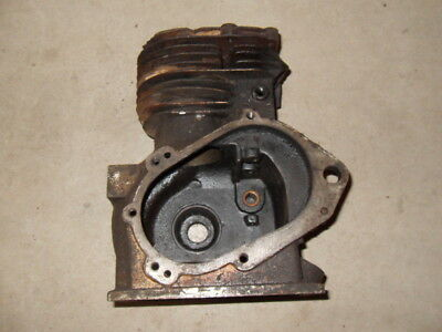 Used, 1946 Cushman Civilian Airborne 53A Scooter - 17M71 4 HP Iron Husky Engine Block for sale  New Berlin
