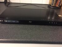 LG Blu-ray and 3D DVD player