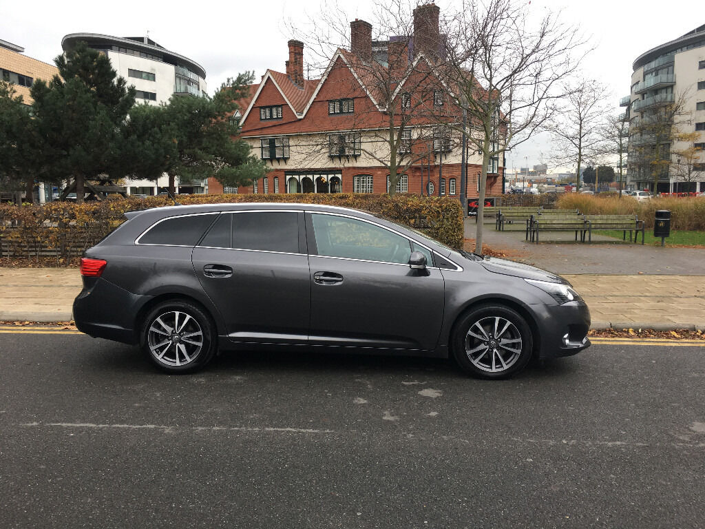 62 reg 2012 toyota avensis estate 2.0 d4d diesel manua, met grey, 1owner, only 70k f/s/h, hpi clear