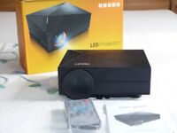 "LED Projector HD 1080 , 130"" , 1000 lumens"