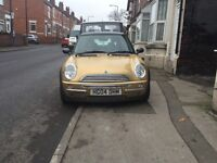 mini cooper 2004 very cheap mini at only £995 drives faultless 12 months mot