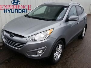 2013 Hyundai Tucson GLS ALL WHEEL DRIVE   LOADED WITH FEATURES  