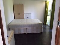 @HUGE DOUBLE ROOM FOR SINGLE USE FROM ONLY £130@