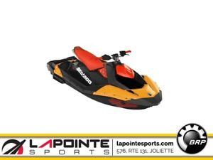 2019 Sea-Doo/BRP Spark TRIXX 3P 900 HO ACE Orange Crush et pimen