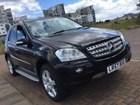 2008 MERCEDES ML 320 CDI SPORT A BLACK / AMG / NAVI / DVD / REVERSE CAMERA