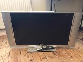 27 inch LCD HD TV