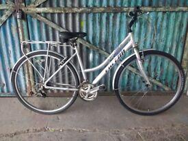 Ladies Falcon Explorer aluminium lightweight hybrid town bike