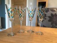 4 hand painted wine glasses (never used)
