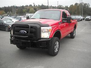 2011 Ford F-250 SD SuperCab Short Box 4WD Diesel with Airbag sus