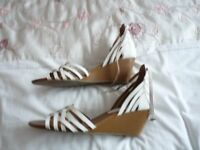 Dune wedge sandal-never worn - ankle strap - white - size 41 - same in gold