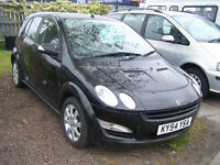 54 PLATE SMART FOR FOUR LOW MILAGE NEW MOT AND NEW BATTERY £1295