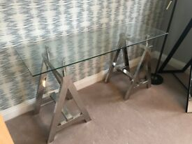 NEW - Glass table with chrome legs