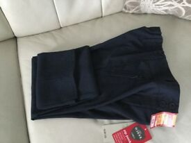 Girls navy school trousers age 10-11 (NEW)