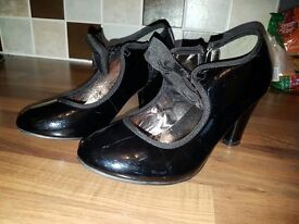 Nude patient heeled shoes uk size3