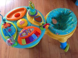 Baby toys bundle. Arch and walked play station