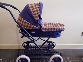 Lovely Childs Outdoor play pram in fantastic condition