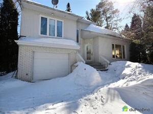 300 000$ - Maison à paliers multiples à Chicoutimi (Laterrièr Saguenay Saguenay-Lac-Saint-Jean image 1