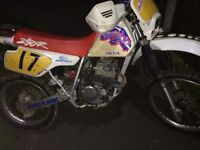 Honda xr 250 runs mint **ROAD LEGAL**
