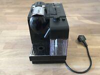 Stunning Black Delonghi EN550.B Nespresso Lattissima+ Coffee Machine