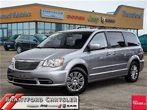 2016 Chrysler Town & Country Touring-L ~ Leather ~ Dual dvd ~ Na
