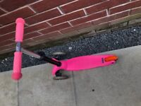 Micro scooter pink in good condition