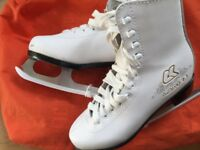Size 2 ice skates