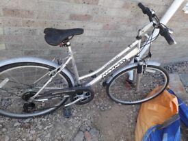 Ammaco Trekking Antario Ladies Bike - 20in Frame