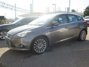 2012 Ford Focus LEATHER AND SUNROOF