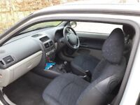 Real bargain - Clio hatchback in very good condition and low mileage