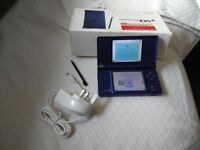 Nintendo dsi blue with 6 games