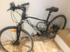 Hybrid Scott bike for sale! Great condition !
