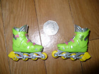 Pair of finger skates. Collectible.