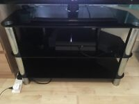 BLACK GLASS TV STAND ***GREAT CONDITION***